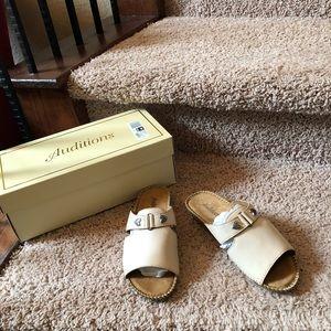 Auditions Sparkle Nude Slide Sandals NIB 6 W